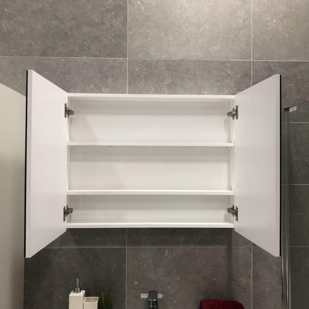 Spegelskåp QBad Basic Högblank Vit 80 cm Hem & Trädgård